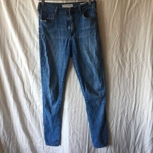 Super High Rise Skinniest Bullhead Jeans